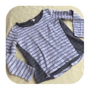 6/$15 GAP women's small sweatshirt